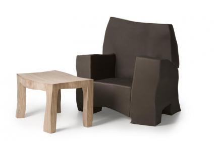 2007_5_1_16_54_15-sculpt_armchair_and_coffeetable1